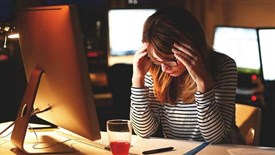 وقتی فشار کاری زیاد است چگونه استرس خود را از بین ببریم؟