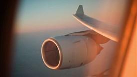 وقتی موتور هواپیما خراب میشود، چقدر میتواند به مسیر ادامه دهد؟